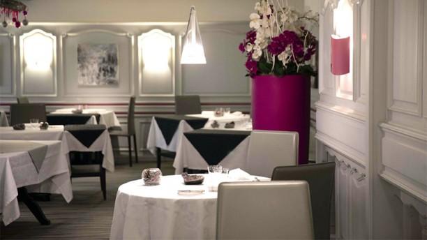 Auberge du Cheval Blanc Vue de la salle