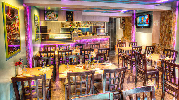 Restaurant sushi land levallois perret 92300 ternes porte maillot avis menu et prix - Restaurant charly porte maillot ...