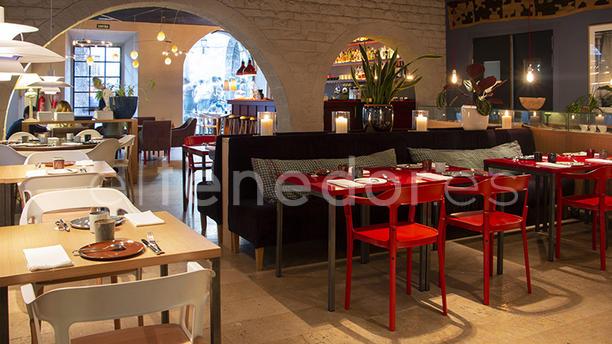a restaurant a restaurant