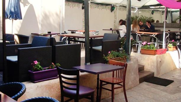 Le Chablis 2 Vue de la terrasse