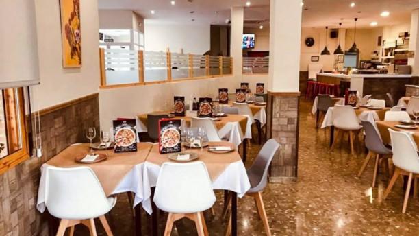 Pizzería Carlos Consuegra Vista del interior