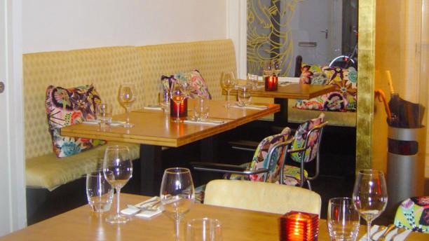 Kinnaree Thai Cuisine Restaurant-decor