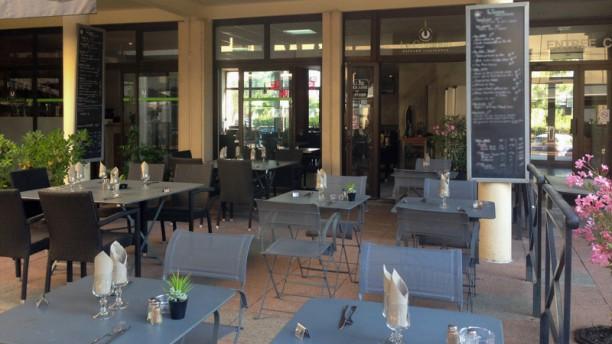 Le Cezanne Terrasse