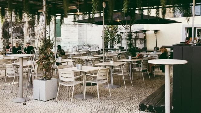Esplanada piso superior - Topo - Chiado, Lisboa