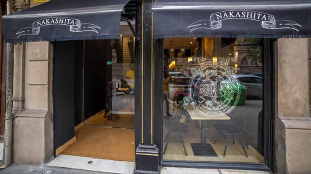 Nakashita Restaurant Entrada