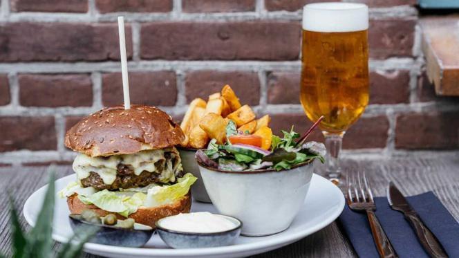 Burger - Kaai 13, Den Haag