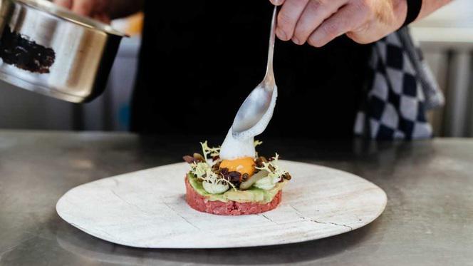 Steak tartare - Kaai 13, Den Haag