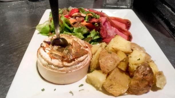 Le Dénicheur camembert roti au miel et thym