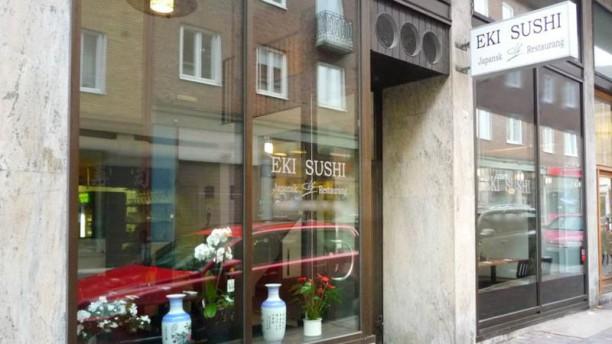 Eki Sushi Ingång