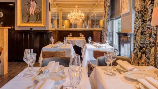 Le Petit Bistro Restaurant