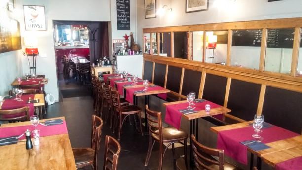 Todt's Café Aperçu de l'intérieur