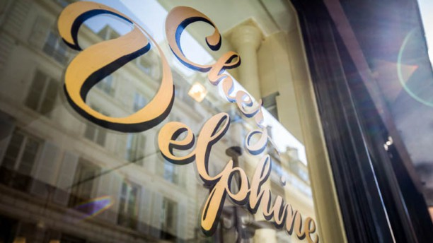 Chez Delphine Façade