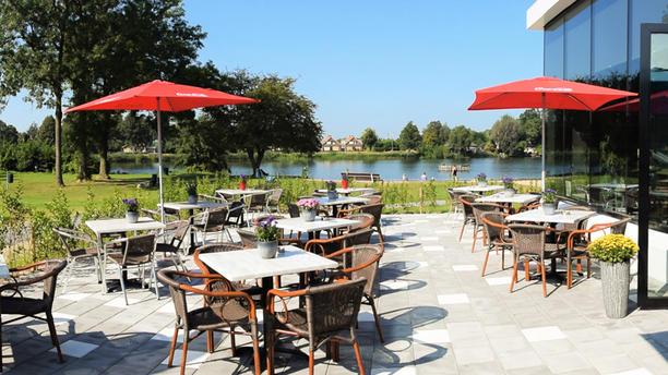Café - Cafetaria ''De Wiel'' Terrasse