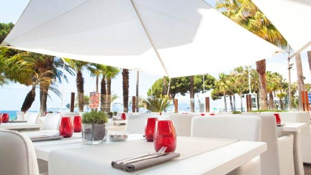 JW Grill Cannes Terrasse Vue Mer