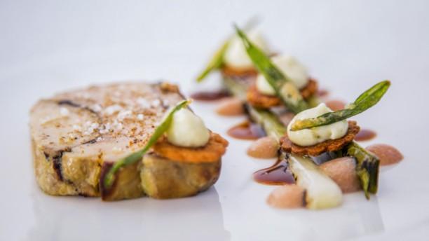 Restaurant Gastronomique De Valrugues In Saint Remy De Provence