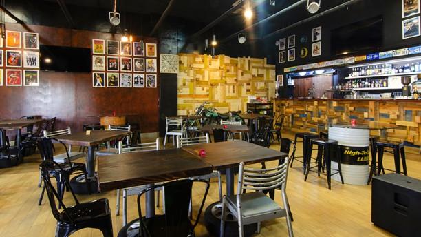 Garage Beer & Burgers Vista della sala