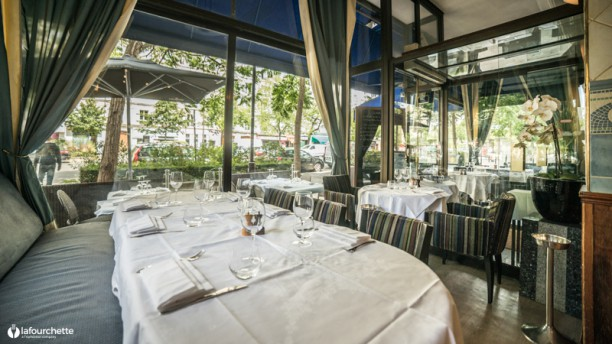 Restaurante vin et mar e voltaire nation en paris men opiniones precios y reserva - Restaurant poisson grille paris ...