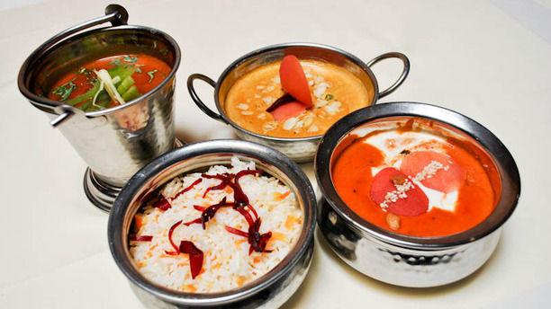Vedas Chicken Madras, Chicken Badaami, Butter Chicken, Riz au Safran