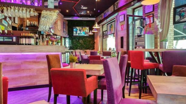 Soho Café&Lounge Plutarco Vista de sala