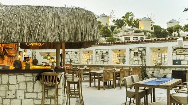 Komarika terrace