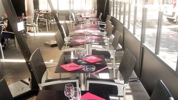 restaurant au living massy 91300 avis menu et prix. Black Bedroom Furniture Sets. Home Design Ideas