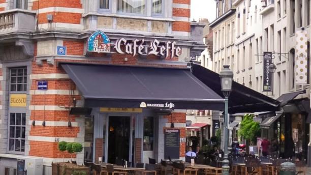 Brasserie Leffe deventure avec terrasse