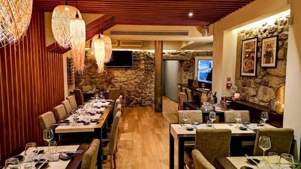 Restaurante Momo Vista do interior