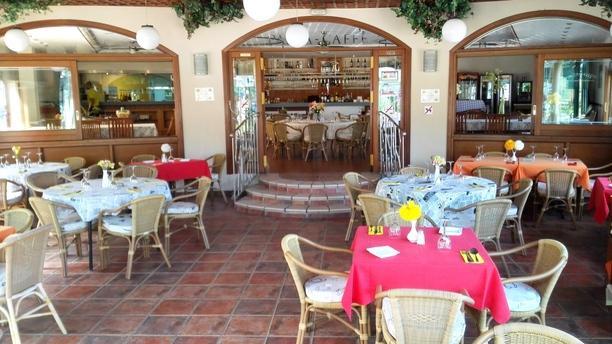 Pasta Caffé interior1
