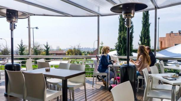Más Que Pintxos - La Moraleja Vista terraza