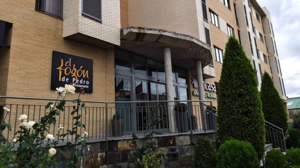 El Fogón de Pedro - Aparthotel Encasa Vicálvaro Vista entrada