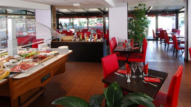 restaurant cannelle n mes inter h tel costi res in n mes restaurant reviews menu and prices. Black Bedroom Furniture Sets. Home Design Ideas