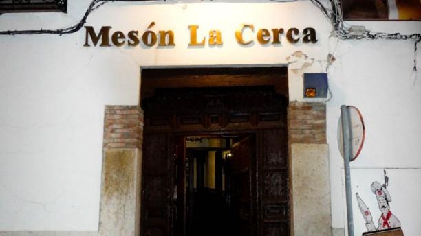 Mesón La Cerca La entrada