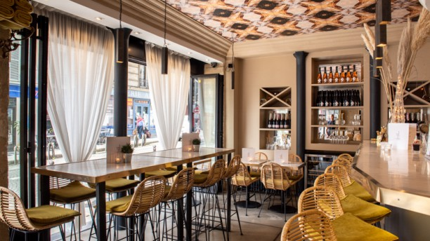 Source Infinie Salle du restaurant