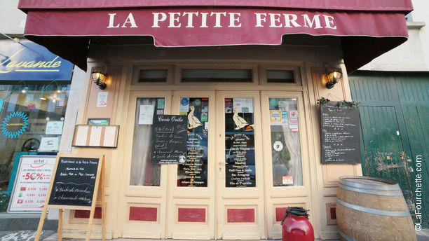La Petite Ferme In Paris Restaurant Reviews Menu And