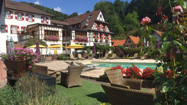 Hotel Restaurant Cheval Blanc Aperçu de l'extérieur