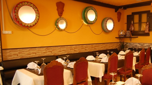 The Indian Curry House Sala