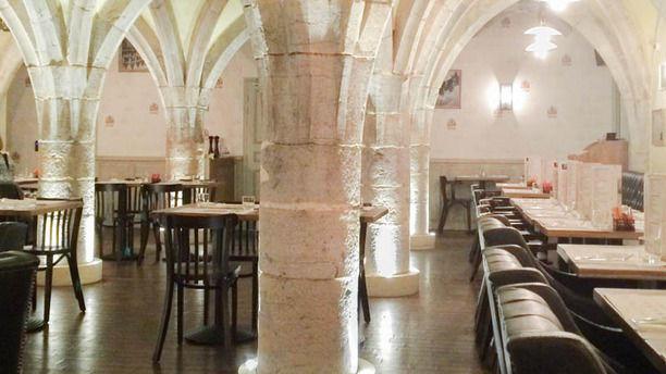 Café Leffe Besançon reSalle de restaurant voûtée