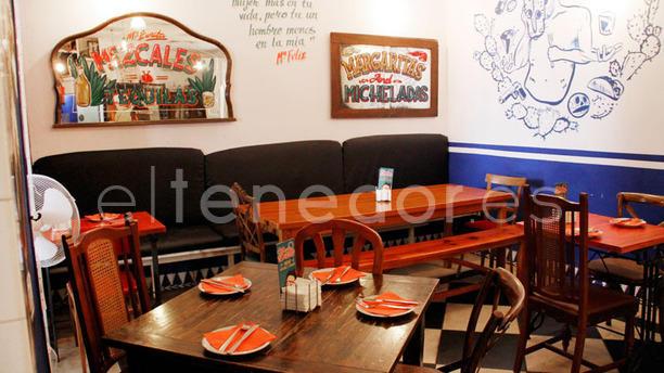 María Bonita Taco Bar Vista mesas