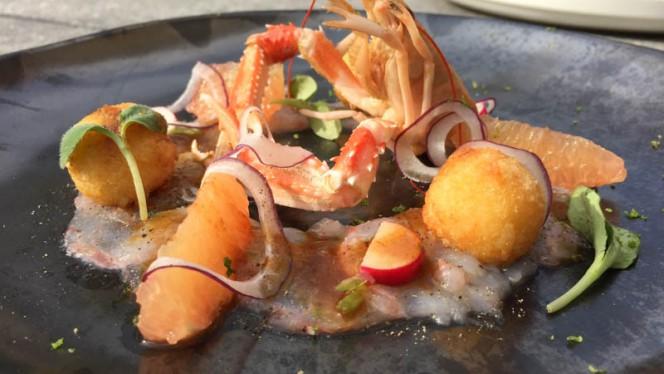 Crayfish carpaccio   fruity Comté croquette - Icones, Brussels
