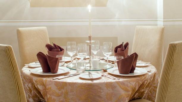 Sala da pranzo stile veneziano panel t furniture table - Sala da pranzo in francese ...