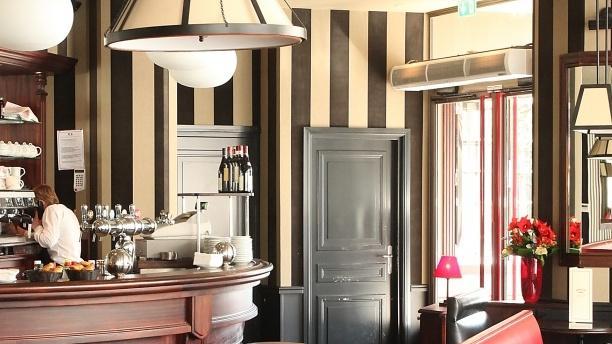 Restaurant grand caf de la mairie maisons alfort sur for Avis maison alfort