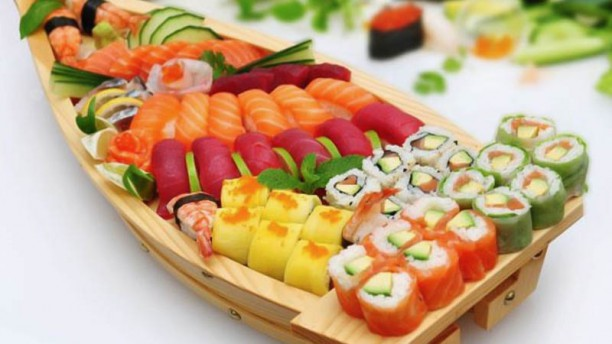 Zen Sushi Sushi