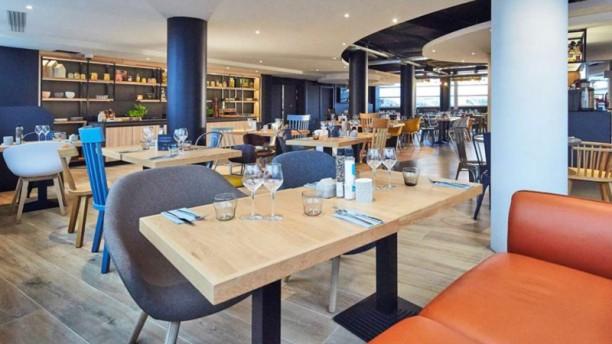 Campanile Le Bourget Airport Salle du restaurant