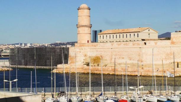 Le LACYDON Novotel Marseille Vieux Port vues