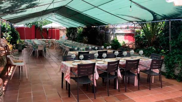 restaurante el jardin de la lola en madrid carabanchel