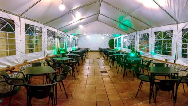 Restaurante el jardin de la lola en madrid carabanchel opiniones men y precios - Los jardines de lola ...