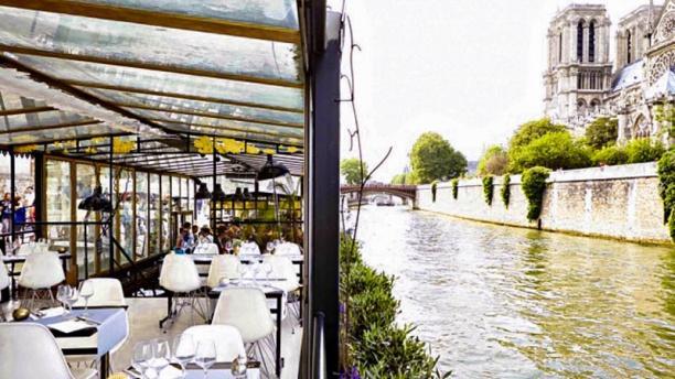 Restaurant Sur La Seine Paris Pas Cher