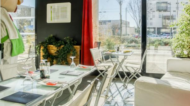 Nikki Sushi Castelnau Salle du restaurant