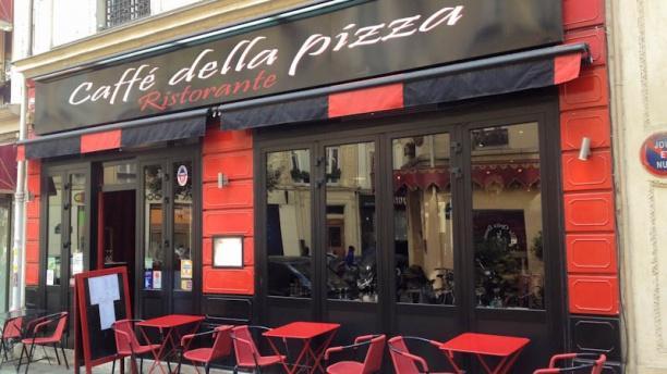 Caffe Della Pizza Devanture