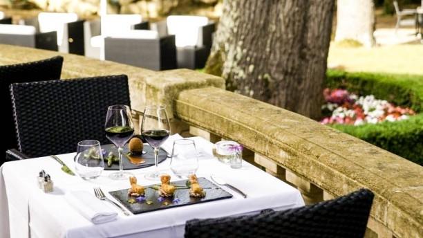restaurant restaurant du ch teau de la tour b guey 33410 menu avis prix et r servation. Black Bedroom Furniture Sets. Home Design Ideas